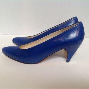 Evan Picone Sz 7.5 N Blue Leather  Heels Spain